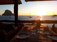 Satsang.es | Ibiza | dinner at Es Vedra